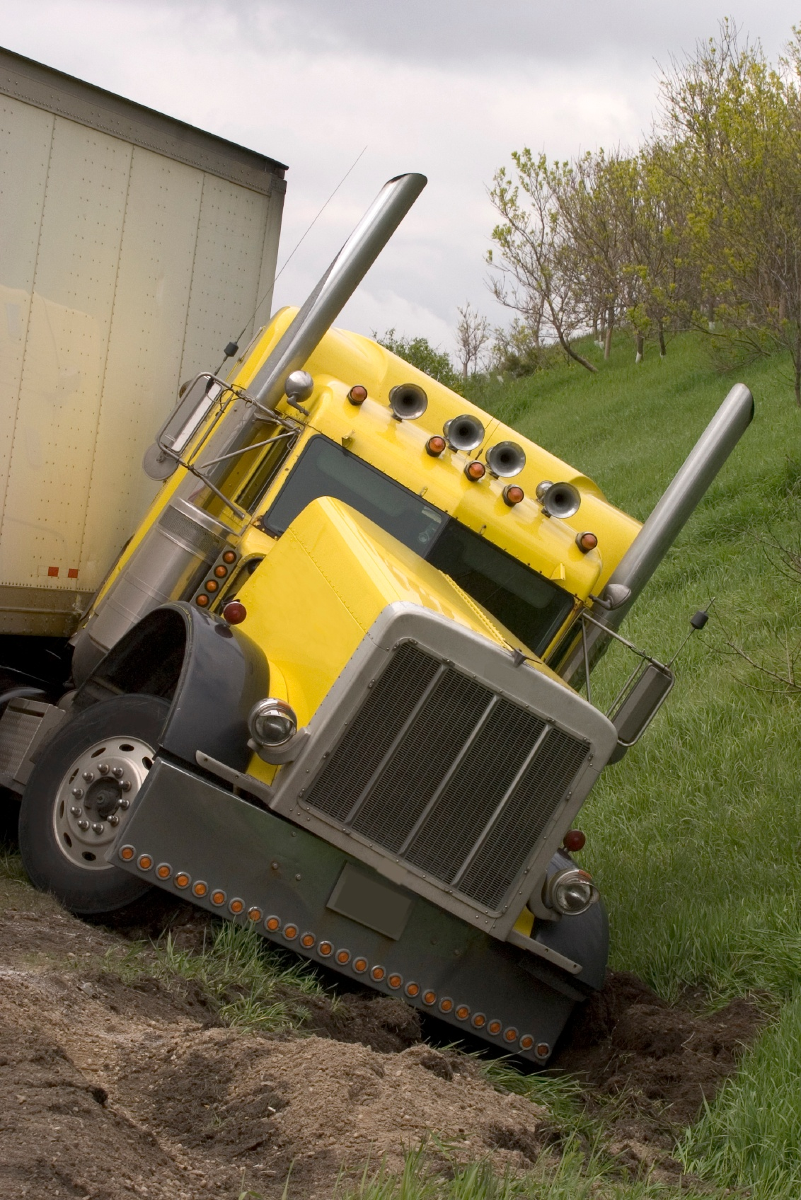 Truck Accident Injury Lawyer in Atlanta